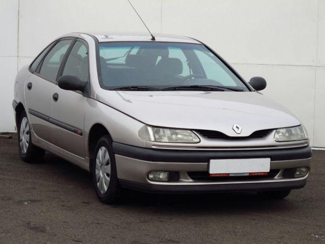 Renault Laguna  (1997, 1.8)