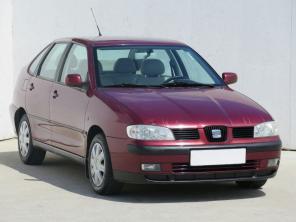 Seat Cordoba 2003 Sedan červená 6