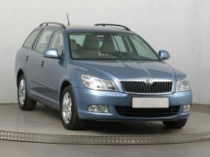 Škoda Octavia 2011 Combi niebieski 9