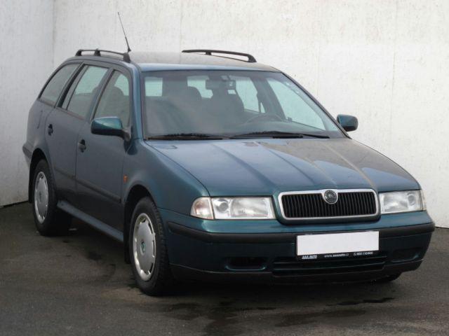 Škoda Octavia Combi (1998, 1.6 i)