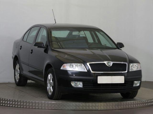 Škoda Octavia  (2008, 1.6)