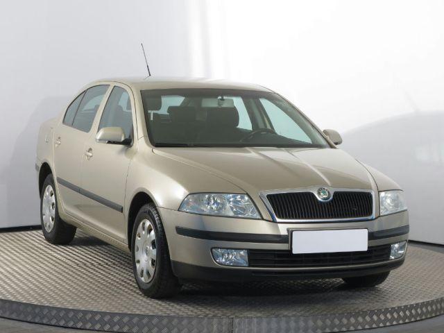 Škoda Octavia  (2004, 2.0 TDI)