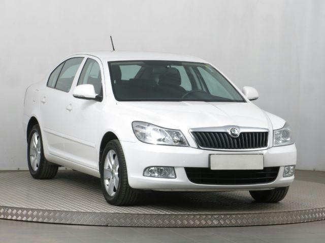 Škoda Octavia  (2011, RS 2.0 TFSI)