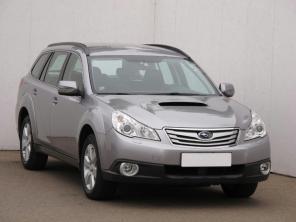 Subaru Outback 2011 Combi bílá 3