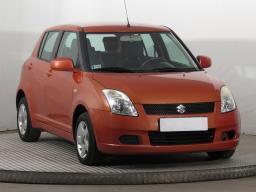 Suzuki Swift 2005 Hatchback czerwony 3