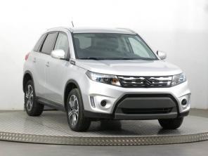Suzuki Vitara 2016 SUV biela 8