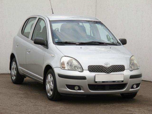 Toyota Yaris  (2005, 1.3)