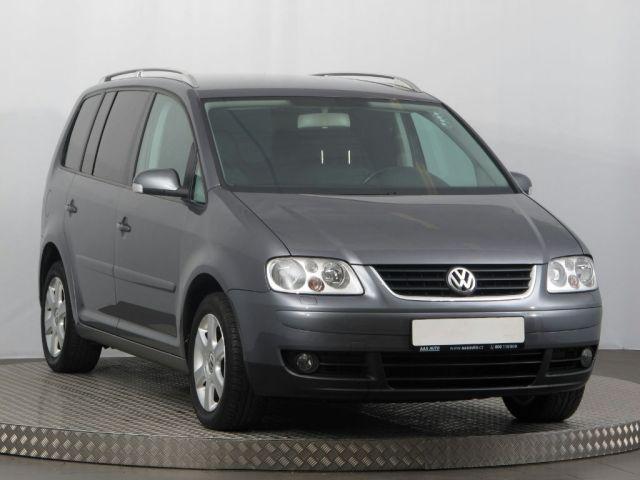 Volkswagen Touran  (2004, 1.6 FSI)