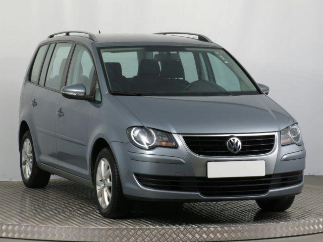 Volkswagen Touran  (2008, 1.9 TDI)