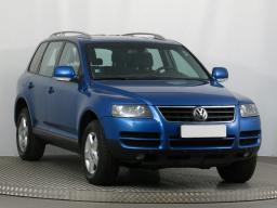 VW Touareg 2004 SUV modrá 9