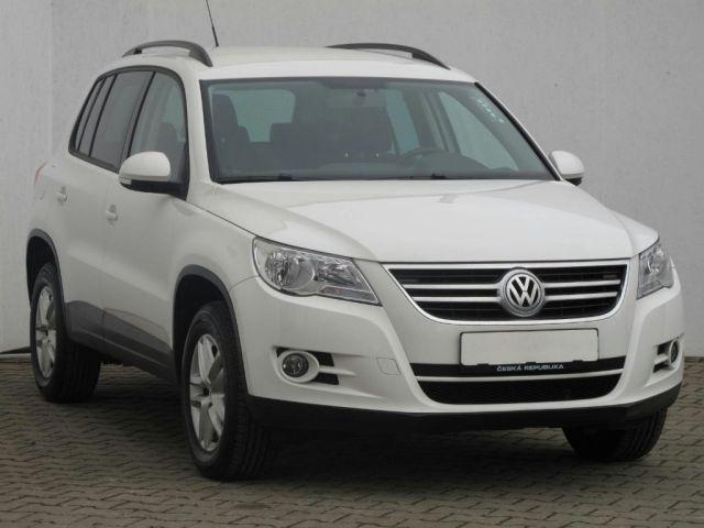 Volkswagen Tiguan  (2010, 2.0 TDI)