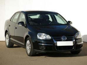 Volkswagen Jetta 2008 Sedan/Saloon fekete 8