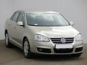 Volkswagen Jetta 2011 Sedan hnedá 10