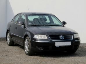 Volkswagen Passat 2005 Sedan čierna 3
