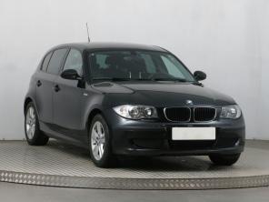 BMW 1 2009 Hatchback čierna 9