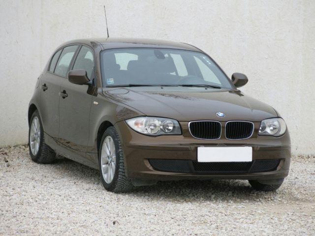 BMW 1  (2009, 118 i)
