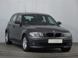 BMW 1 2007 Hatchback modrá 10