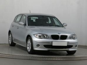BMW 1 2005 Hatchback srebrny 4