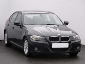BMW 3 2011 Sedan czarny 10