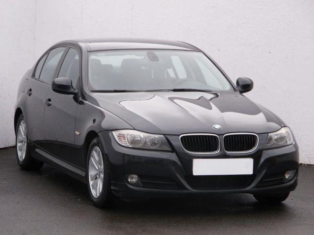 BMW 3  (2009, 318 d)