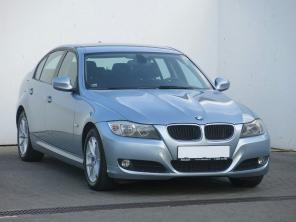 BMW 3 2011 Sedan červená 6
