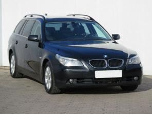 BMW 5 2005 Combi čierna 7