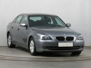 BMW 5 2008 Sedan šedá 3