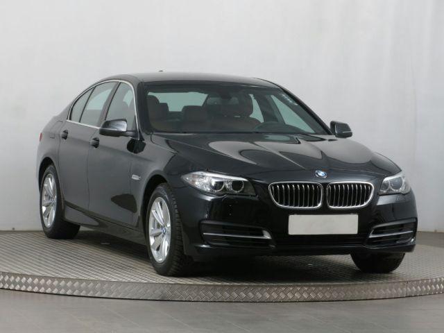 BMW 5  (2015, 520 d)