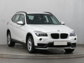 BMW X1 2014 SUV stříbrná 6