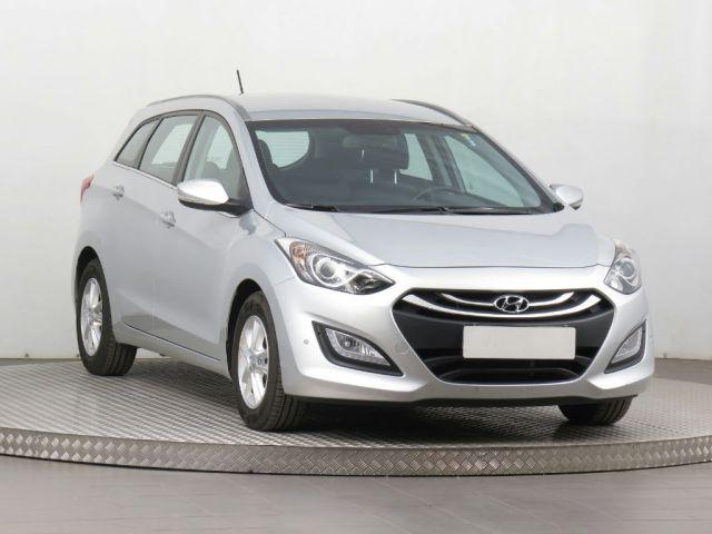 Hyundai i30 Combi (2015, 1.6 MPI)