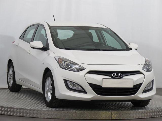 Hyundai i30  (2014, 1.6 MPI)