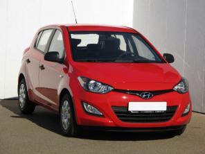 Hyundai i20 2014 Hatchback červená 10