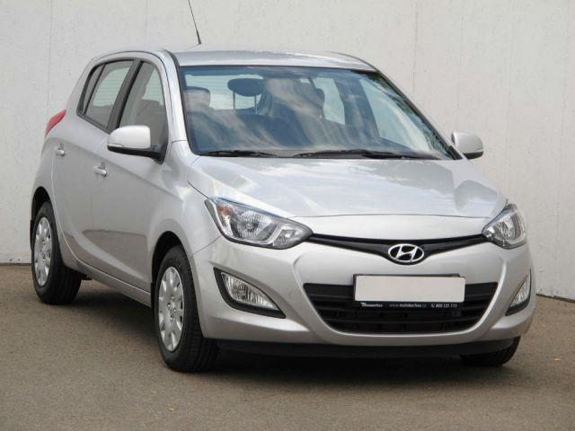 Hyundai i20  (2013, 1.2)