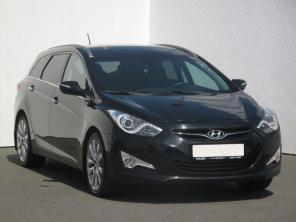 Hyundai i40 2013 Combi čierna 7