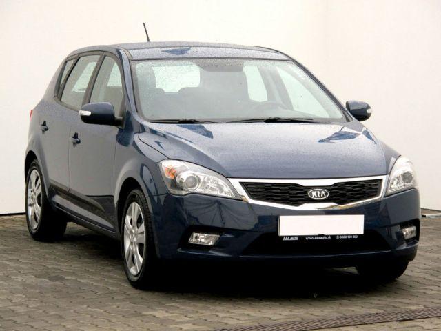 Kia Ceed  (2012, 1.6 GDI)