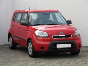 Kia Soul 2010 Hatchback červená 7