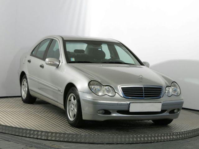 Mercedes-Benz C  (2002, C 220 CDI)