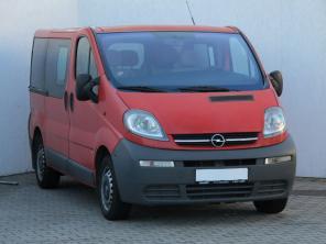 Opel Vivaro 2006 Bus červená 2