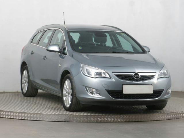 Opel Astra Combi (2012, 1.7 CDTI)