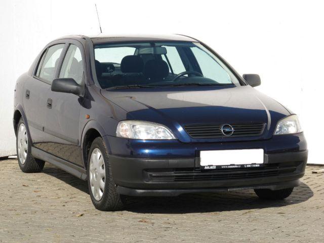 Opel Astra  (2000, 2.0 DTI 16V)