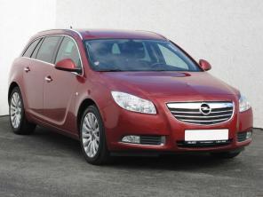 Opel Insignia 2010 Combi czerwony 4