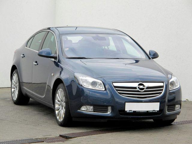 Opel Insignia  (2010, 2.0 CDTI)