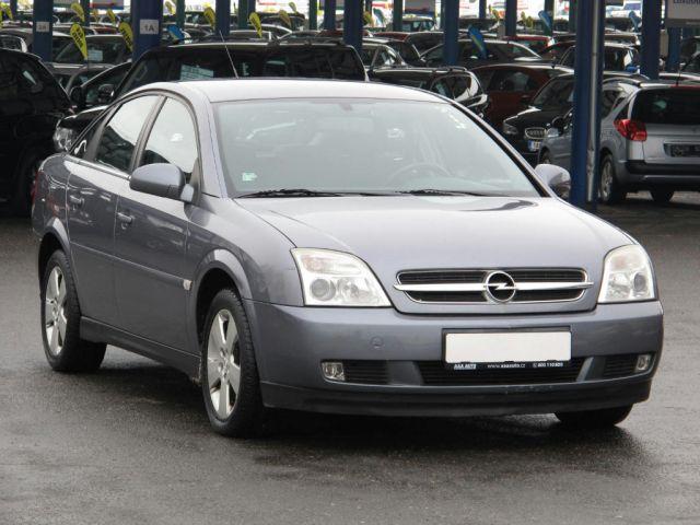 Opel Vectra  (2003, 3.2 V6)