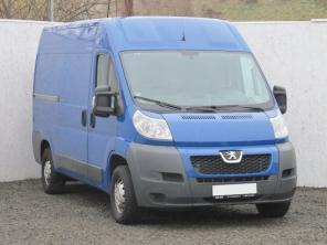 Peugeot Boxer 2010 Van modrá 8