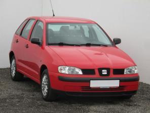 Seat Ibiza 2000 Hatchback strieborná 9