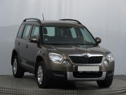 Škoda Yeti 2010 SUV brązowy 5