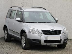 Škoda Yeti 2010 SUV stříbrná 10