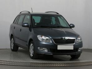 Škoda Fabia 2011 Combi šedá 6