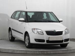 Škoda Fabia 2009 Combi bílá 7