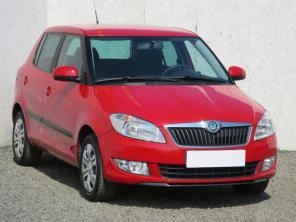 Škoda Fabia 2012 Hatchback červená 2